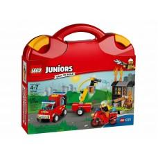 6中: LEGO Juniors 10740 手提收納盒 紅色