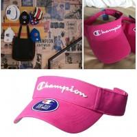11中: Champion 高爾夫球空頂帽 (粉紅色)