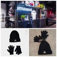 4底: Jordan Jumpman 小童冷帽連手套 (黑色金LOGO)