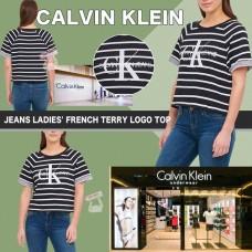 8中: Calvin Klein 女裝間條上衣