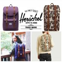 6中: Herschel Supply Co America 長方背包