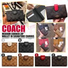 10底: Coach Medium Wallet 經典花紋單扣銀包